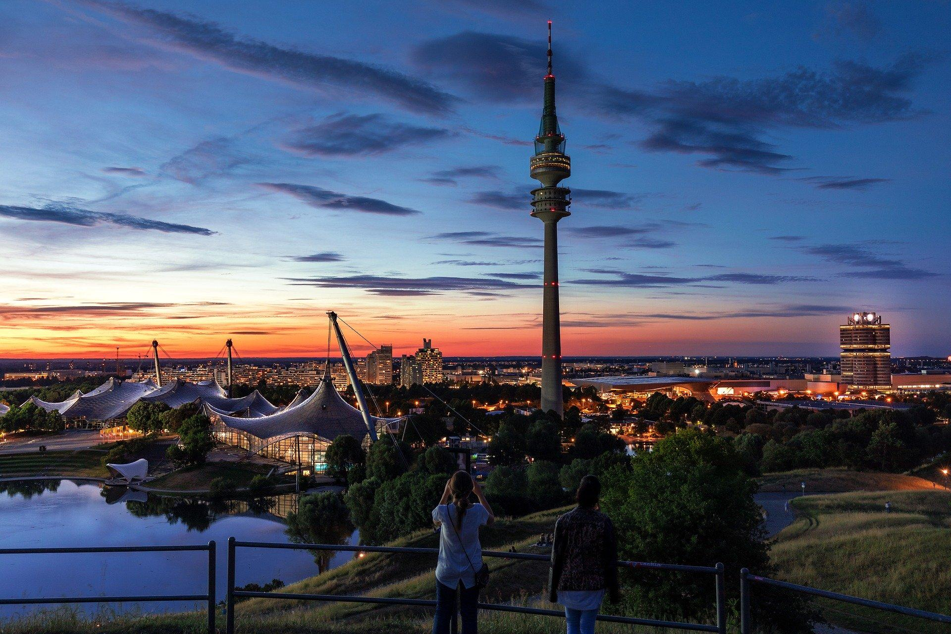 Bild von München bei Sonnenuntergang