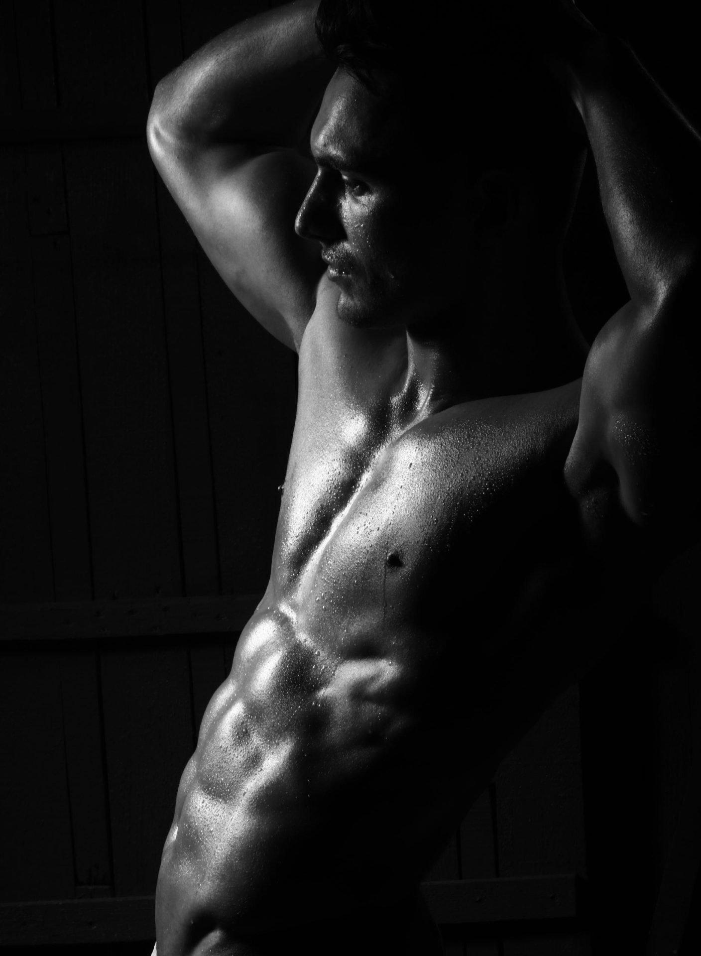 Schöne schwarz-weiß-Fotografie eines Callboys