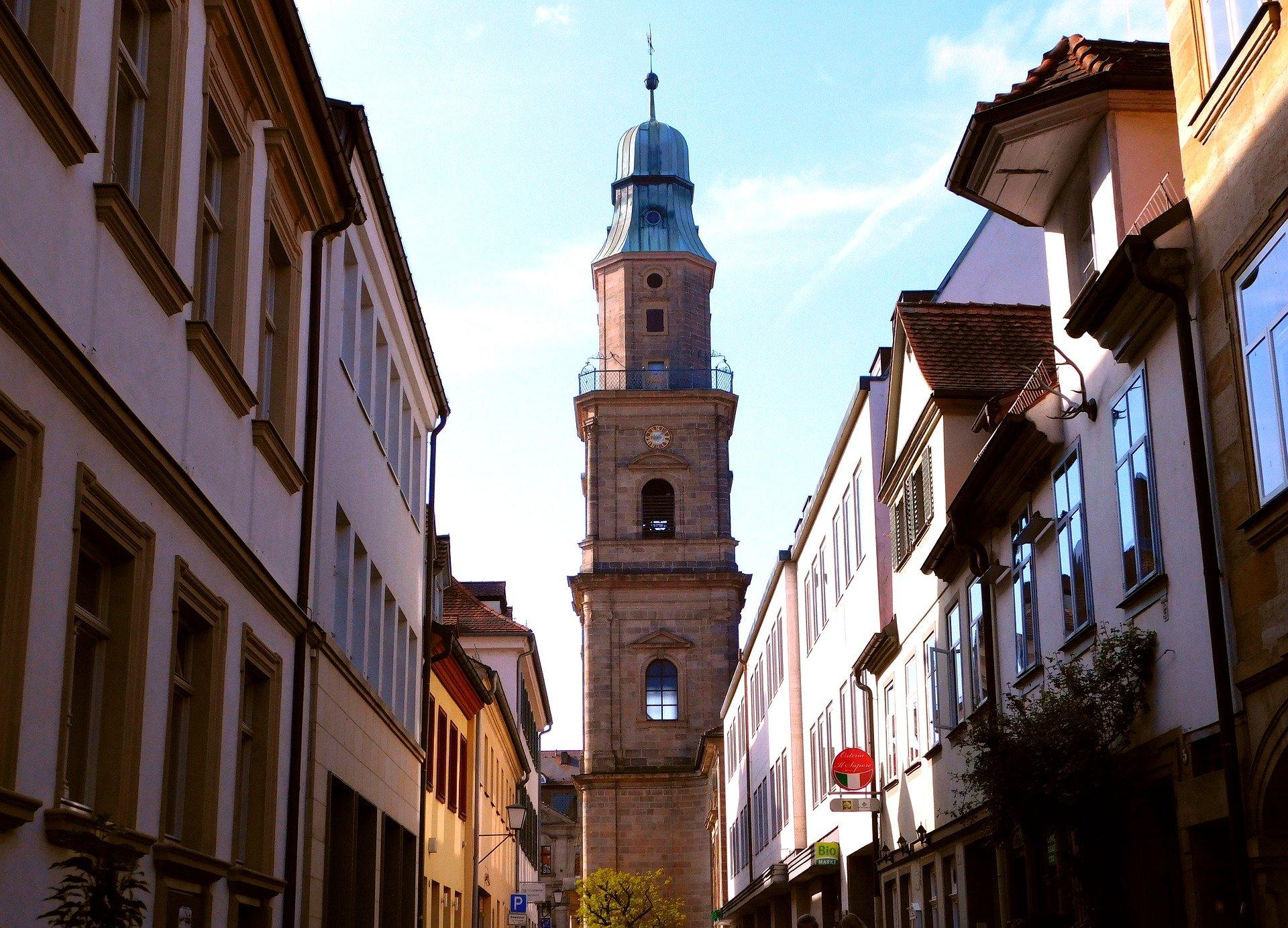 Blick durch Gassen in Erlangen