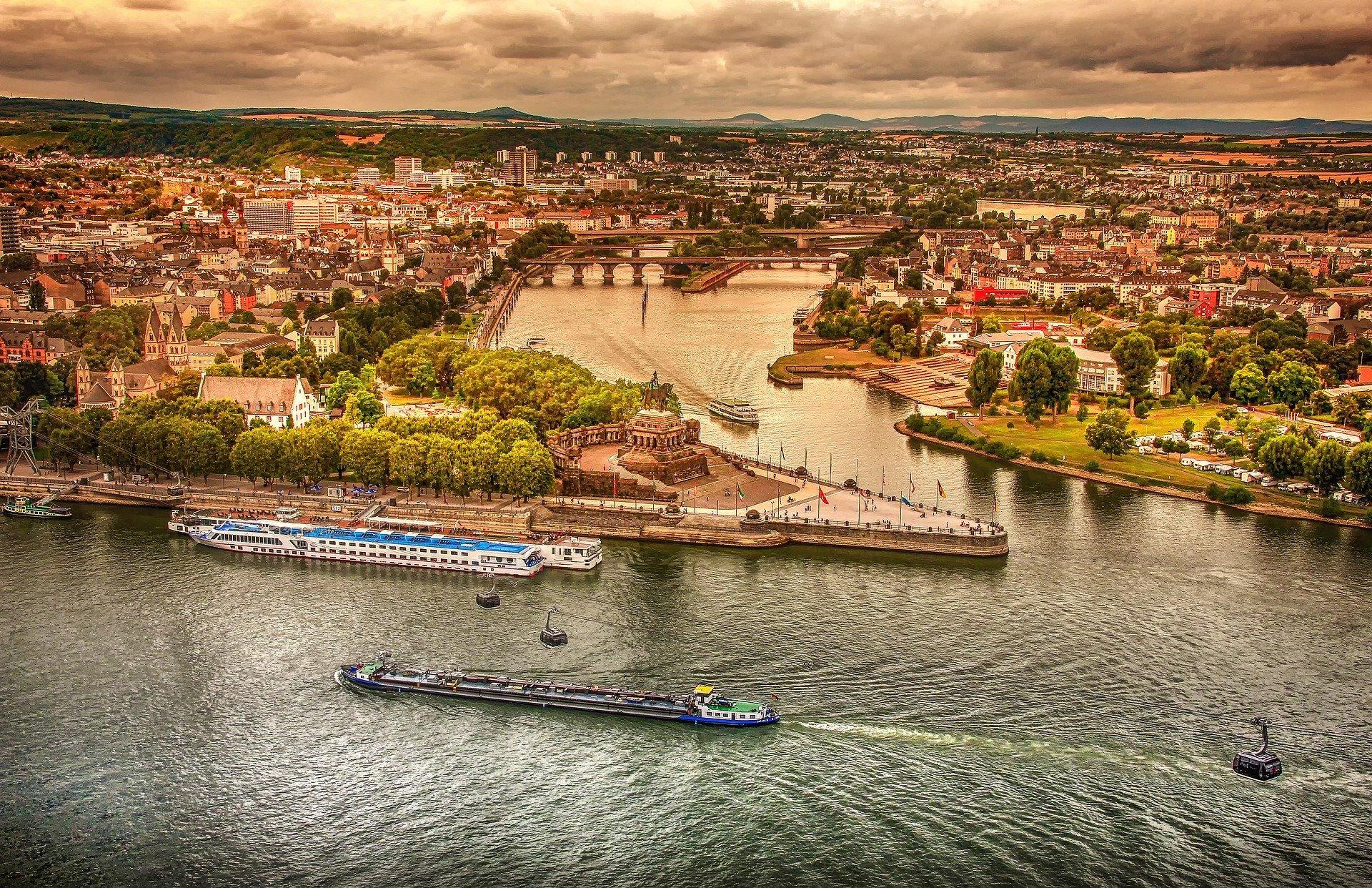 Blick auf deutsches Eck in Koblenz