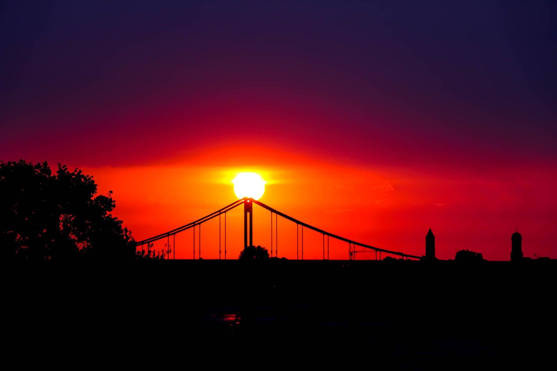 Bild des Sonnenuntergangs über Krefeld